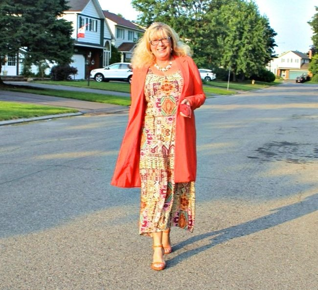 #fashionover50 Linda of A Labour of Life in a relaxed summer outfit