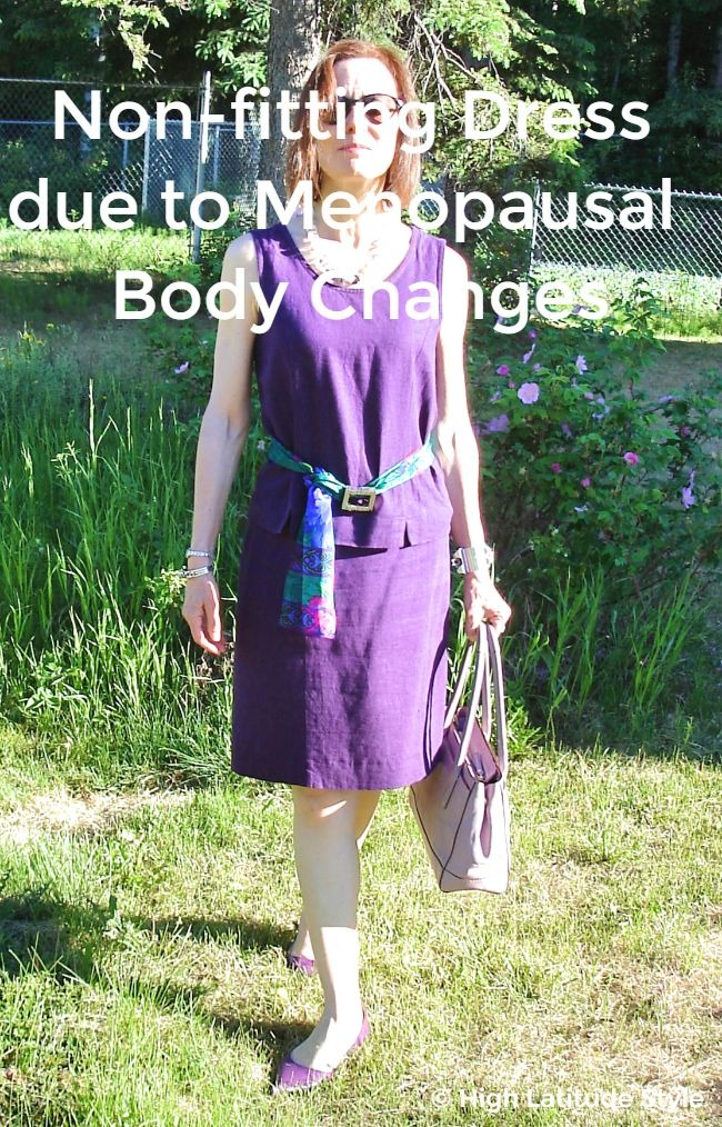 #fashionover50 example of a non-fitting dress caused by menopausal body changes while the body weight kept the same