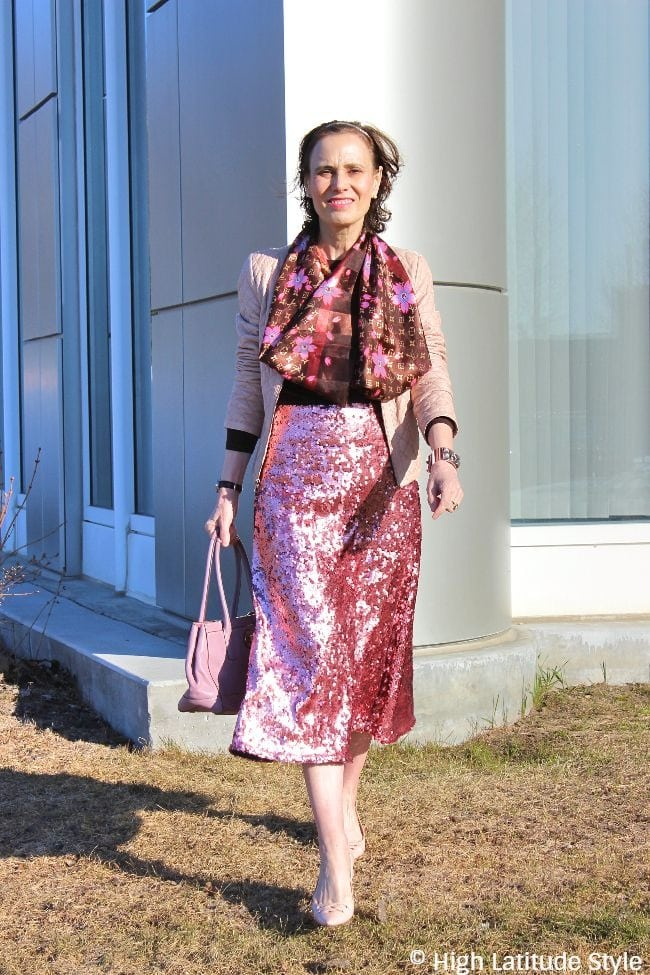 #midlifestyle blogger in posh sequin for day outfit
