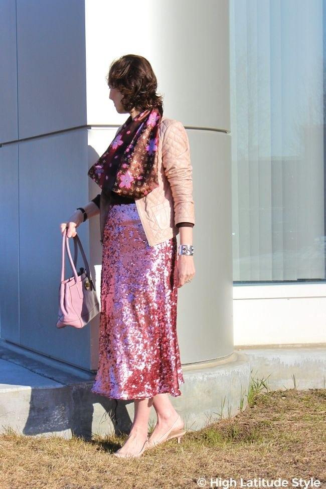 mature style blogger in H&M skirt, boxy jacket, shawl