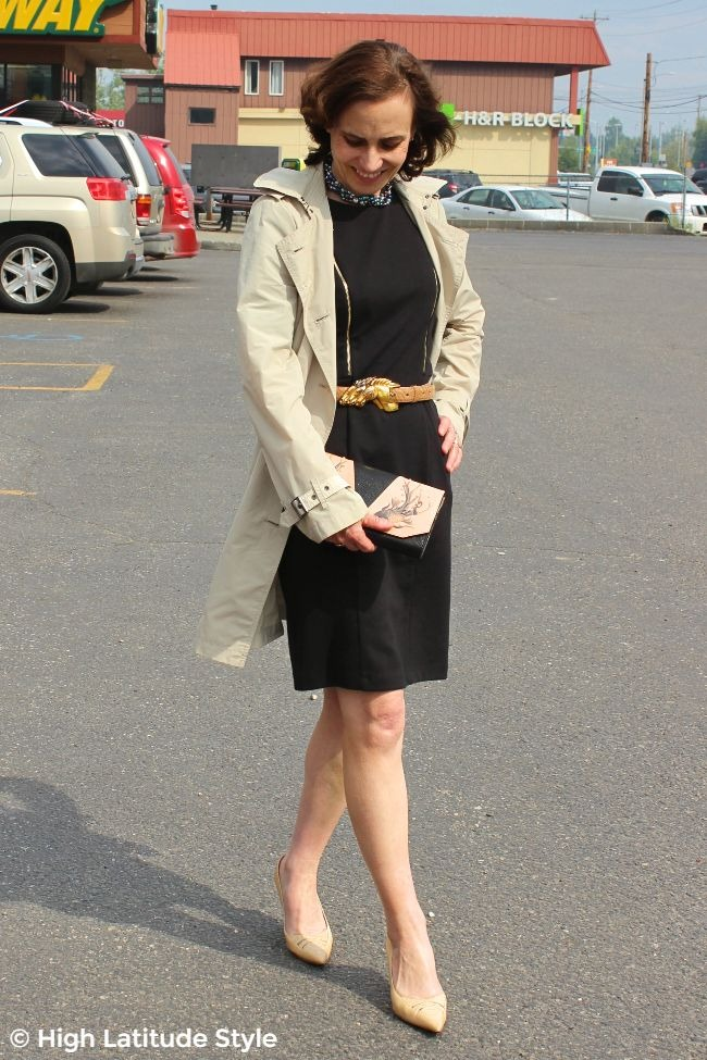 #styleover50 midlife woman looking in posh dinner with the clients outfit with Bellorita bag