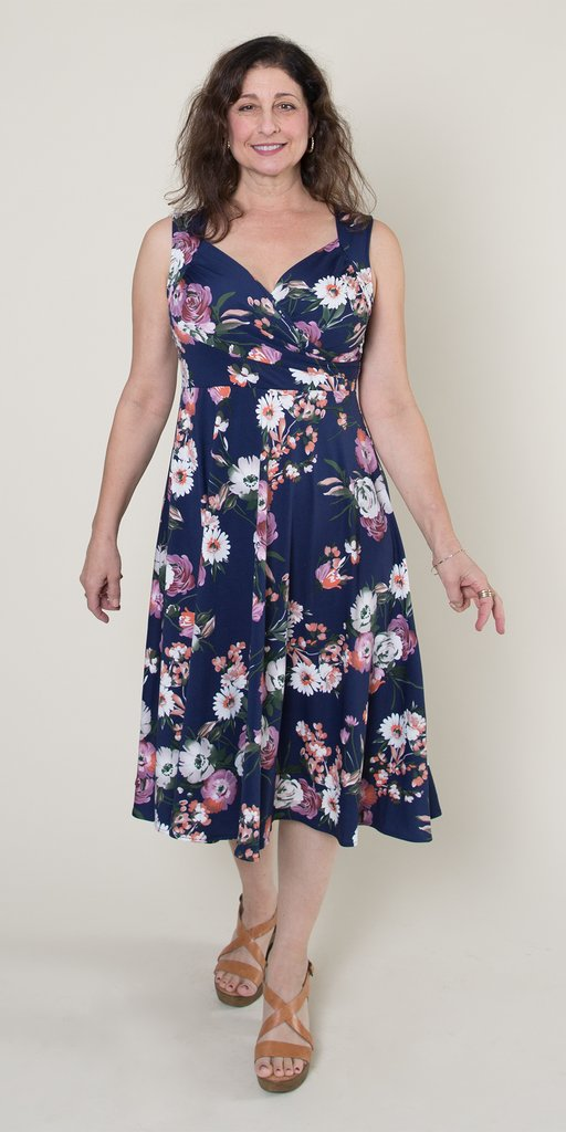 dress cut friendly for full bust women