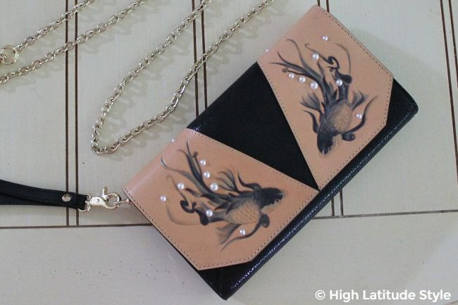 #accessories Bellorita designer bag with two engraved painted fishes