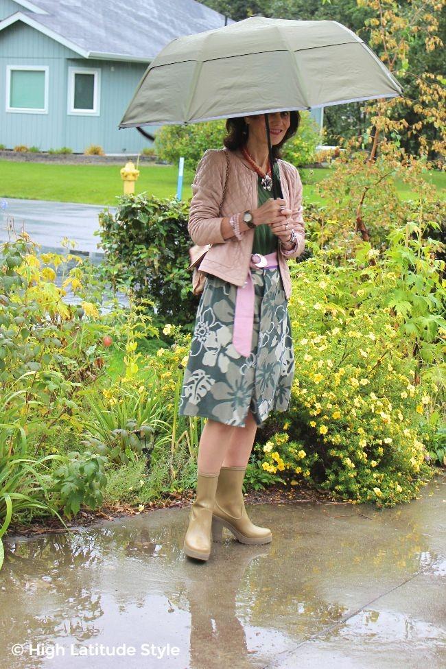 #fashionover50 weatherwoman with a #Weatherman umbrella in the fall rain