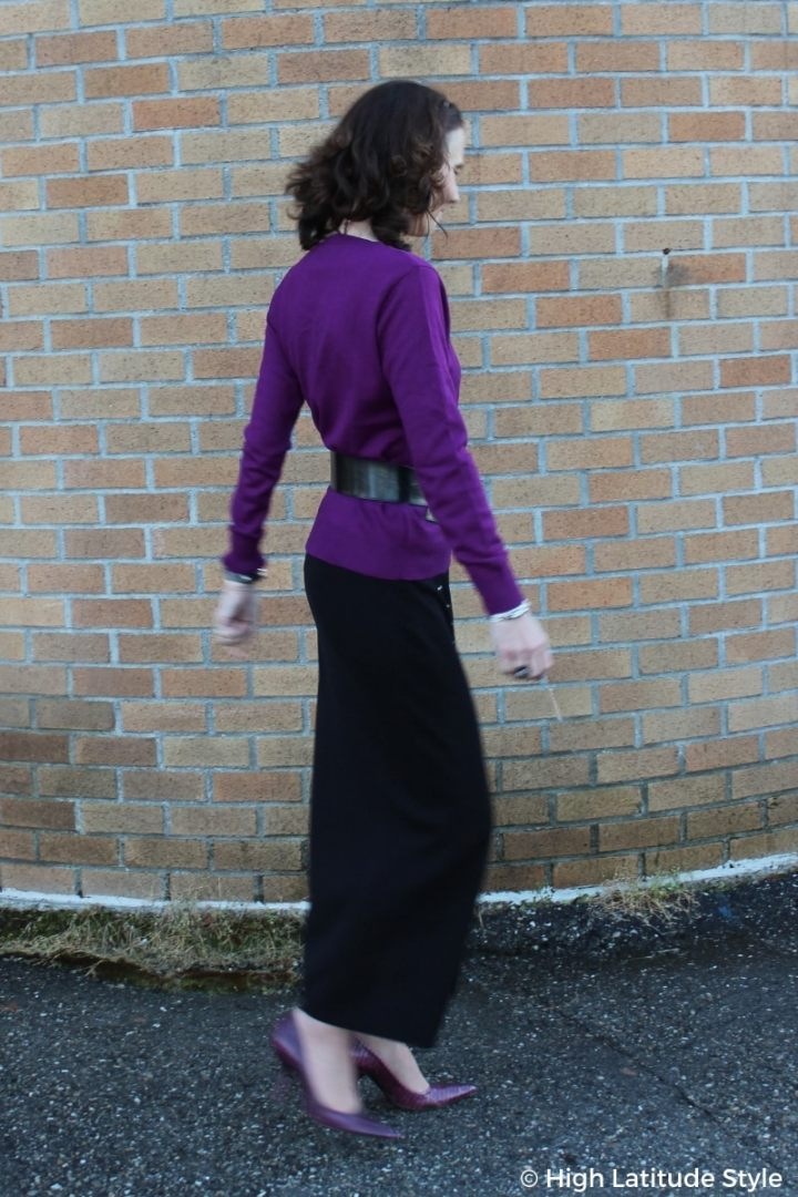 #fashioncolors Nicole wearing fall's It color purple with a maxi skirt