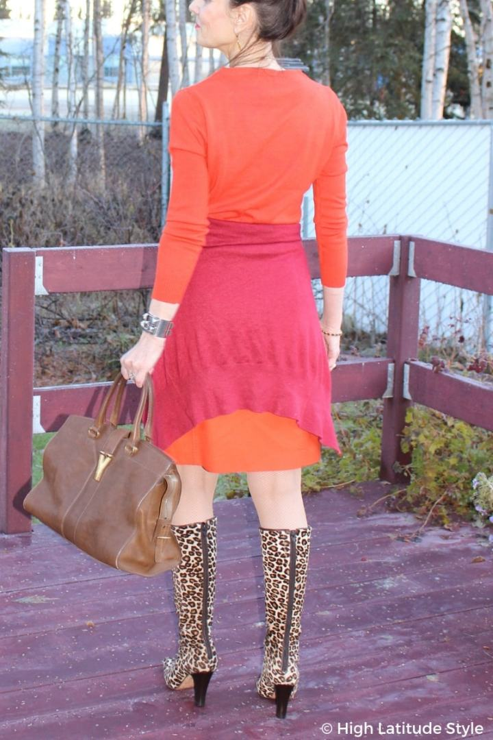 #styleover50 outfit details of tote and boots