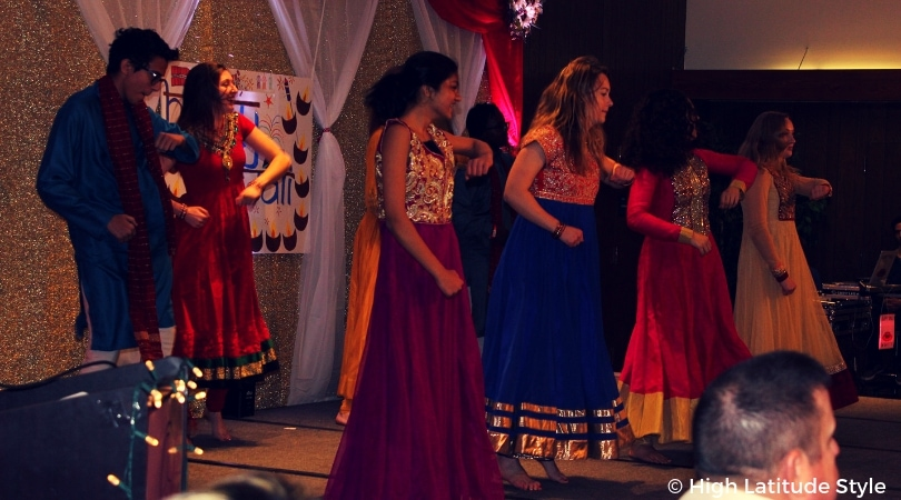 #traditionalclothes young dancers in traditional gowns