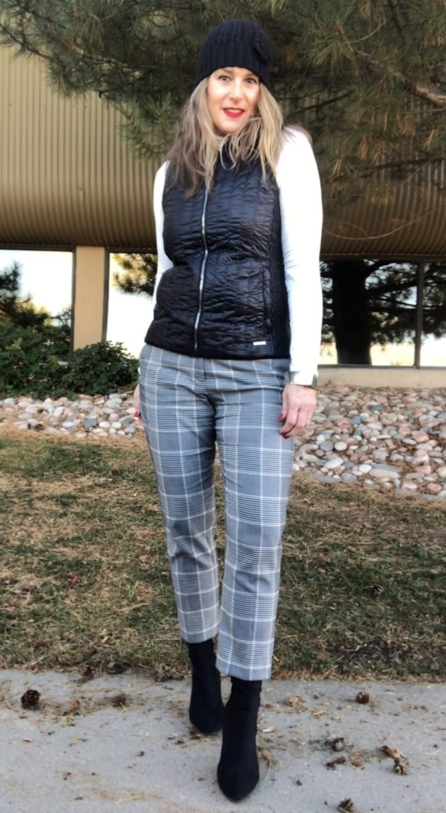 Top of the World Style Winner Cindy of The Middle Sister Style Blog