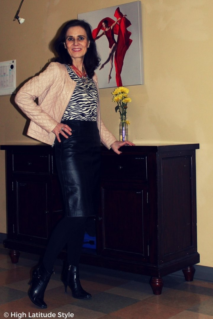 #over50style Nicole in fake leather suit and reviewed layereing piece