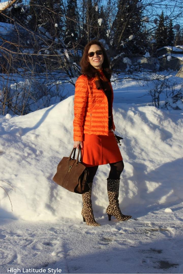 #businesscasual style blogger sporting a casual work look with puffer blazer, wool skirt and tights