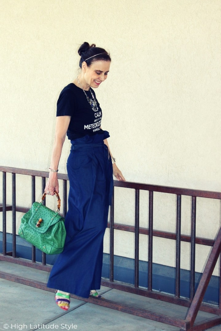 side view of analogous color summer outfit in blue and green