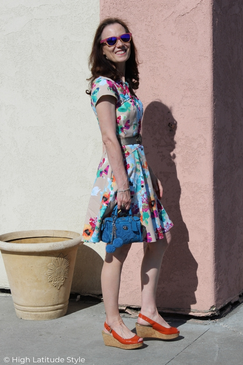 style blogger in cap sleeve summer dress, environment friendly cork sandals and small bag