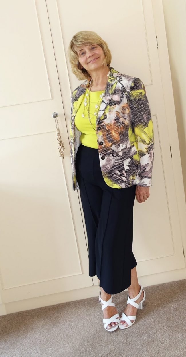 Top of the World OOTD Readers' Fav Gail in cropped pants suit