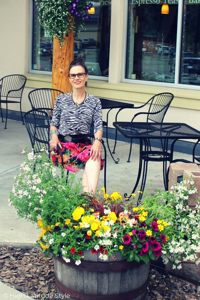 mature blogger with glasses in a posh summer work outfit