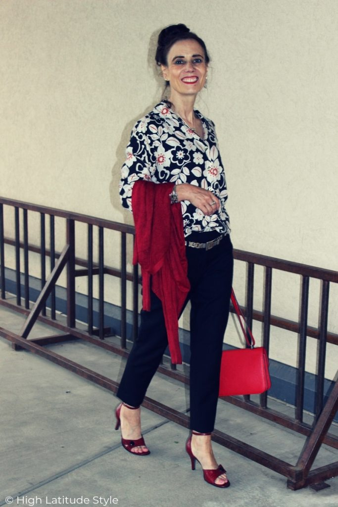 midlife blogger in black, white and red business casual summer look