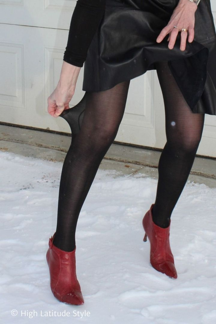 stylist pulling her Sheertex tights like often seen on Instagram
