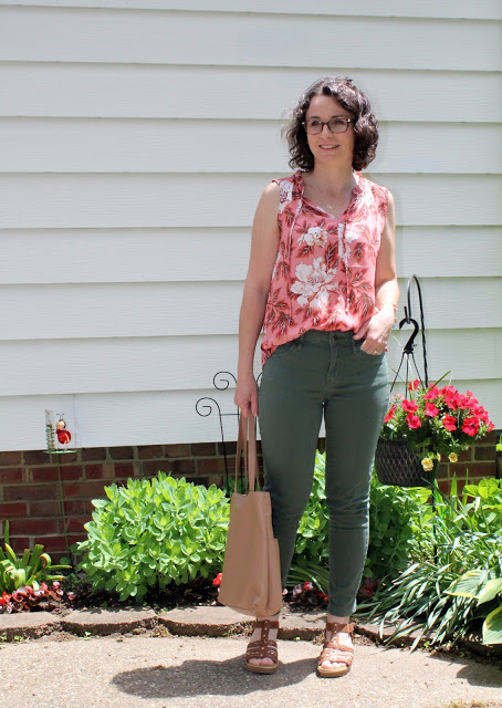 Style winner Ellibelle in green denim red white floral top