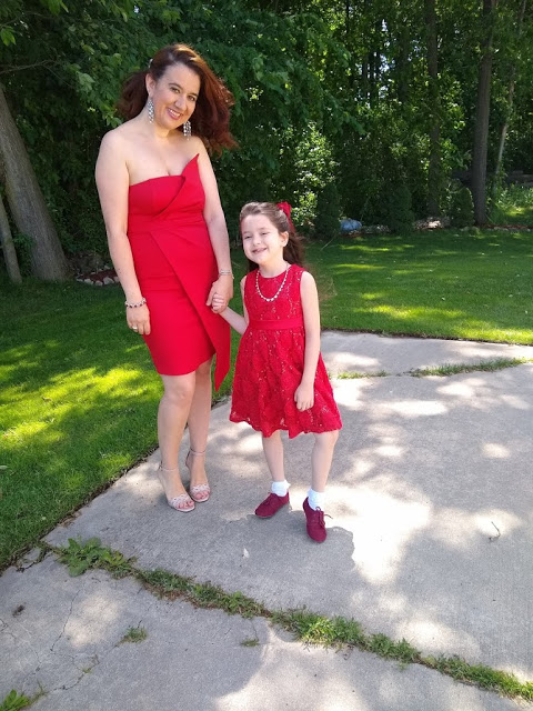 Ada and Vivian in little red dresses