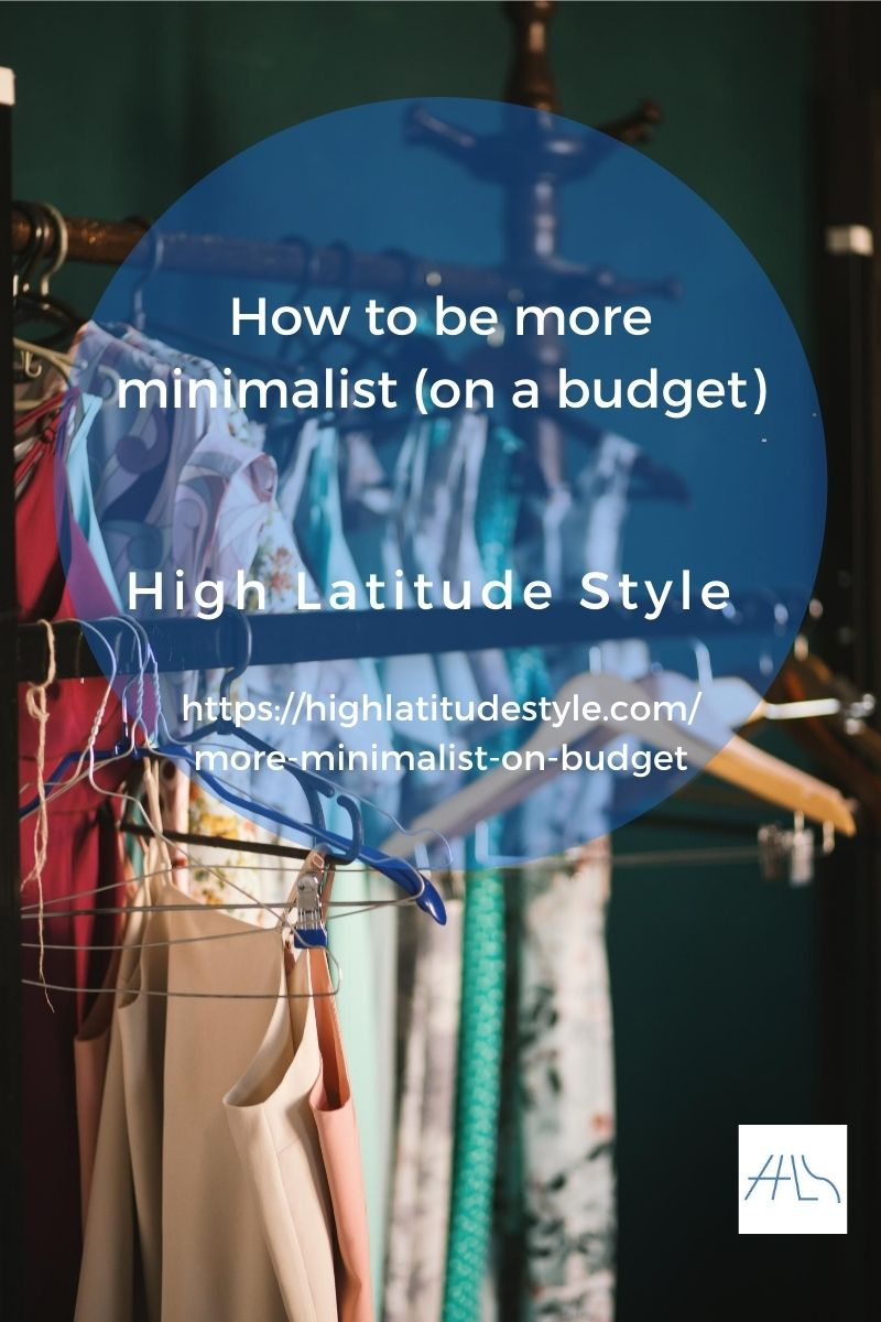 post banner how to be more minimalist showing a capsule wardrobe