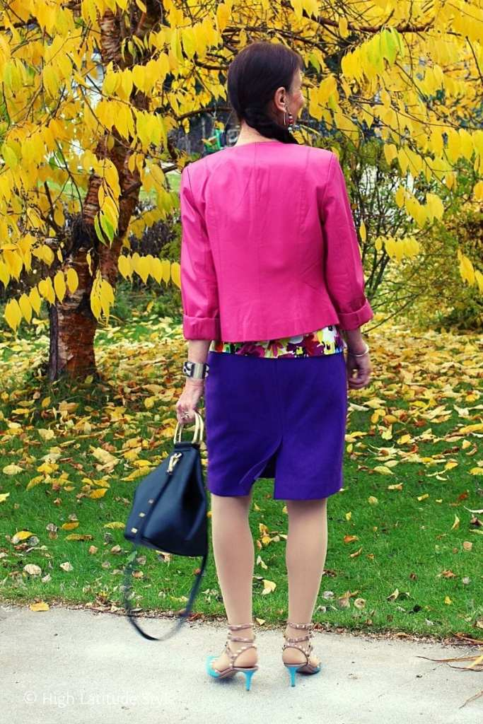 back view pink purple outfit with turqoise shoes