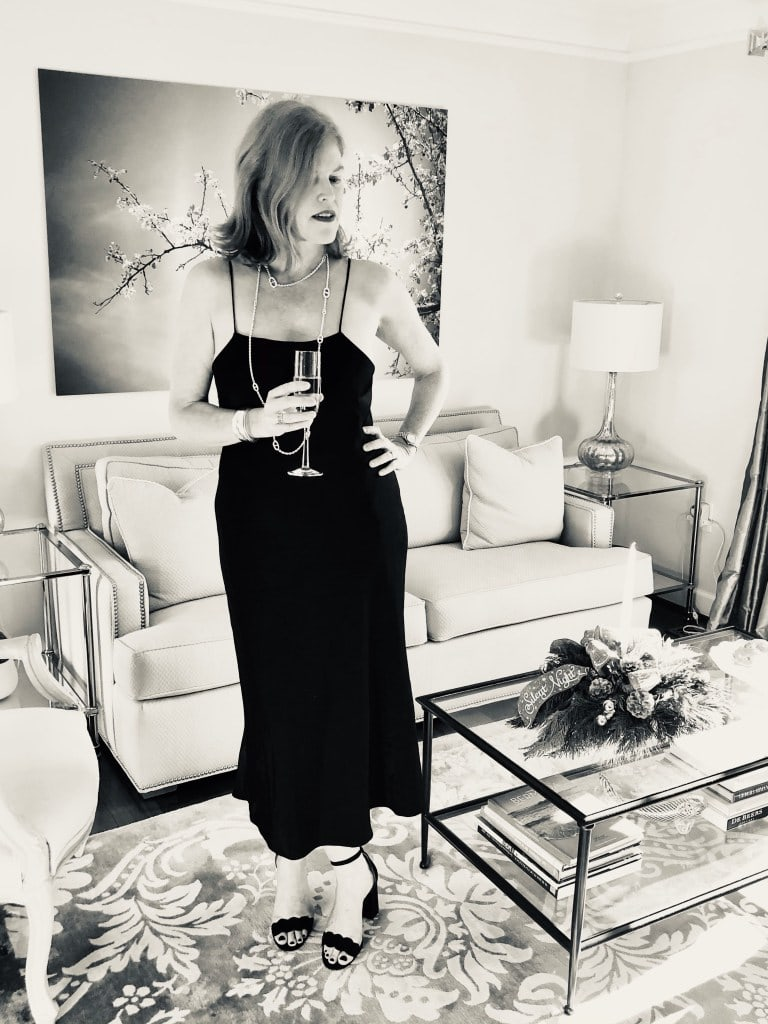 Christine of Bon Chic Style in a LBD, sandals, jewelry
