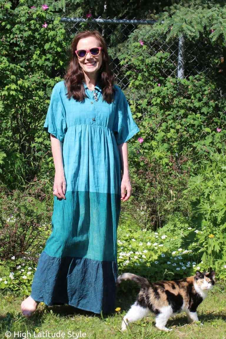 Read more about the article How to Upcycle Men Silk Shirts into a Maxidress