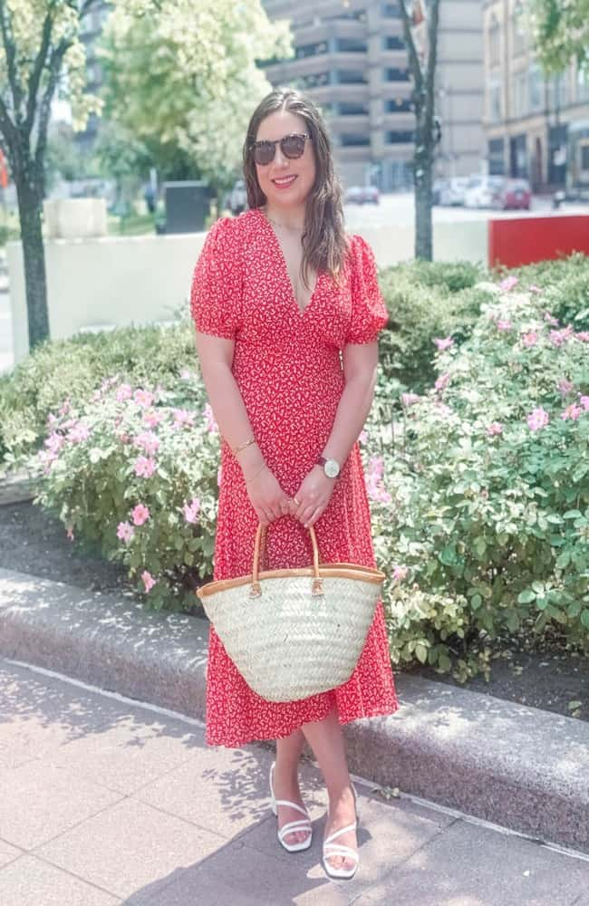 Jennifer in red midi dress for traveling