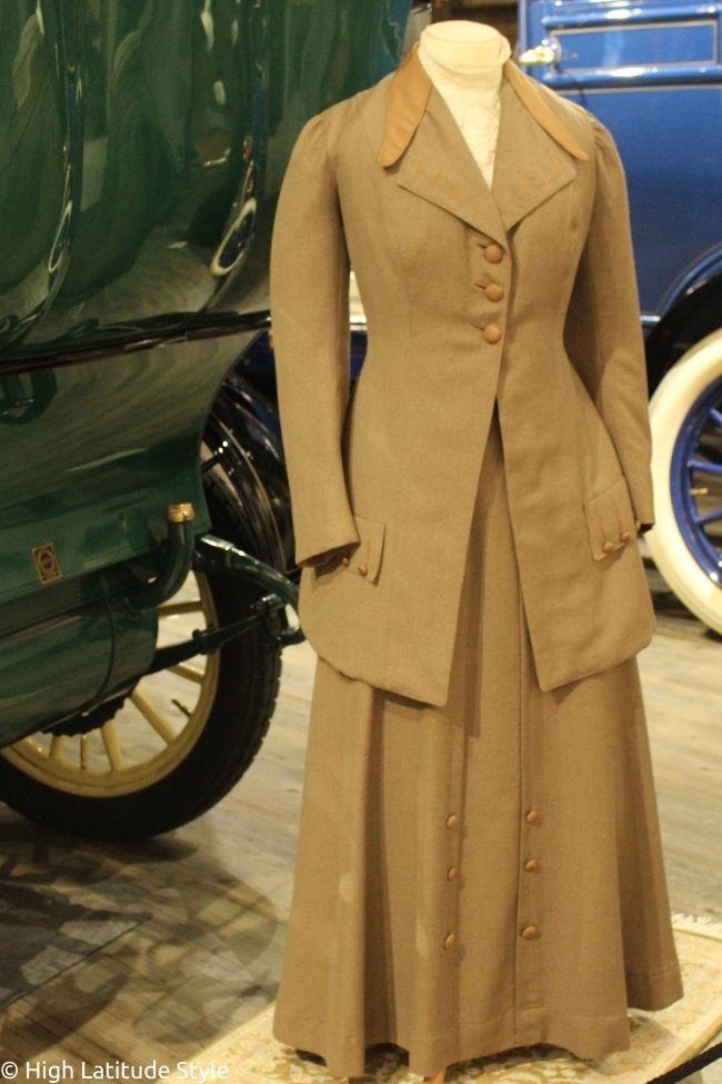 Edwardian era with three button closure as a shift to motor age fashion