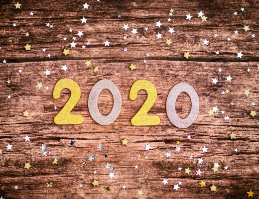 a New Year's display with the numbers 2020