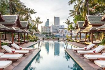 The-Peninsula-Bangkok_The-Pool-11