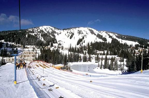 British Columbia ski story