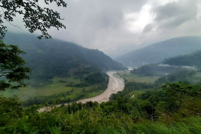 Bhaleydunga Hills and Teesta River as viewed from Yangang