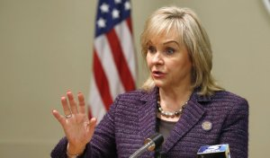 """Oklahoma Gov. Mary Fallin speaks during a news conference in Oklahoma City, Thursday, Oct. 8, 2015. Fallin said """"it became apparent"""" during discussions with prison officials last week that the Department of Corrections used potassium acetate, not potassium chloride, as required under the state's protocol, to execute Charles Frederick Warner in January. """"Until we have complete confidence in the system, we will delay any further executions,"""" Fallin said. (AP Photo/Sue Ogrocki)"""