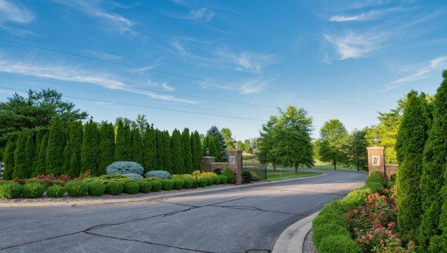 High Pointe Luxury Development Property