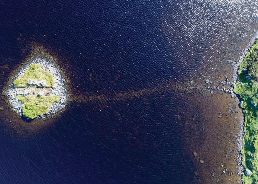 Escocia: acaba de ser hallada una isla artificial más antigua que Stonehenge