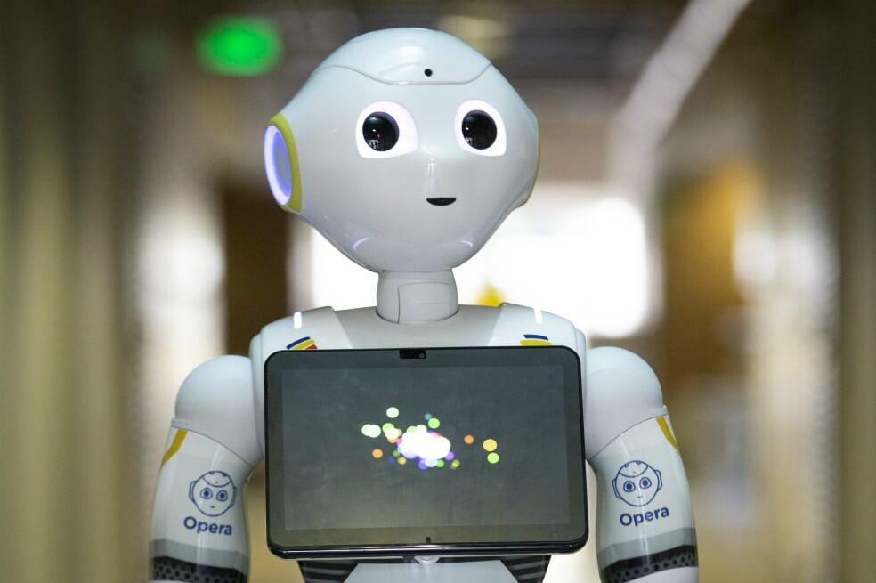 El robot diseñado para detectar emociones que llegó a la U. de los Andes