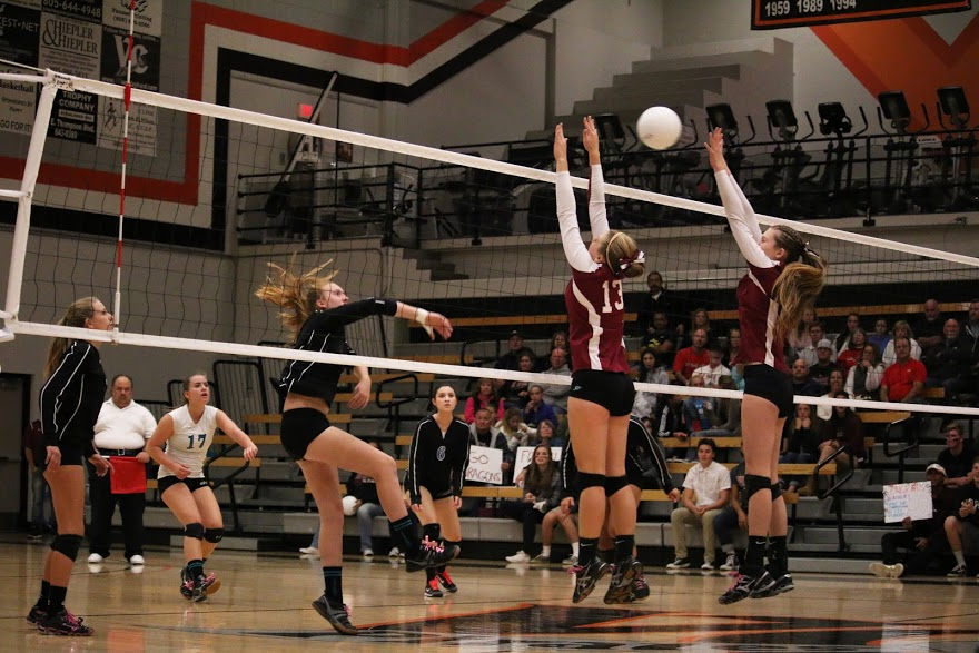 Foothill girls' volleyball triumphs, 3-0, over Grand Terrace in first round of CIF