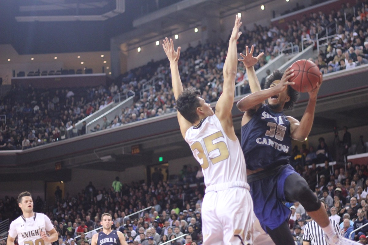 Sierra Canyon battles with Bishop Montgomery. Blake Atwell/ LA Times HS Insider