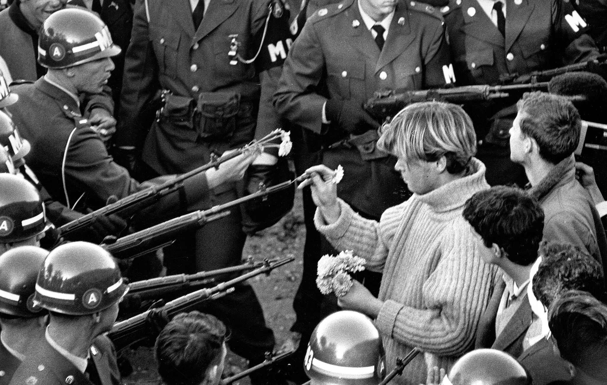 Analysis of '60s counterculture: The division of generations – HS Insider