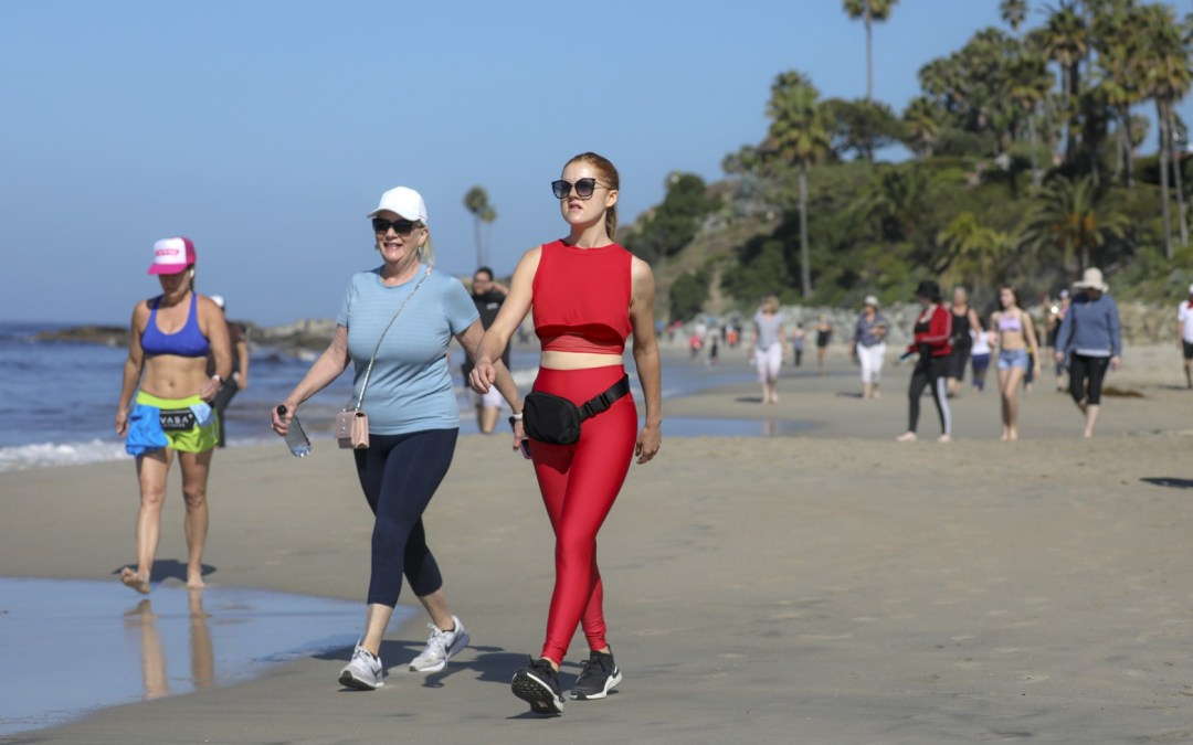 Opinion: Newsom is right to order OC beaches closed