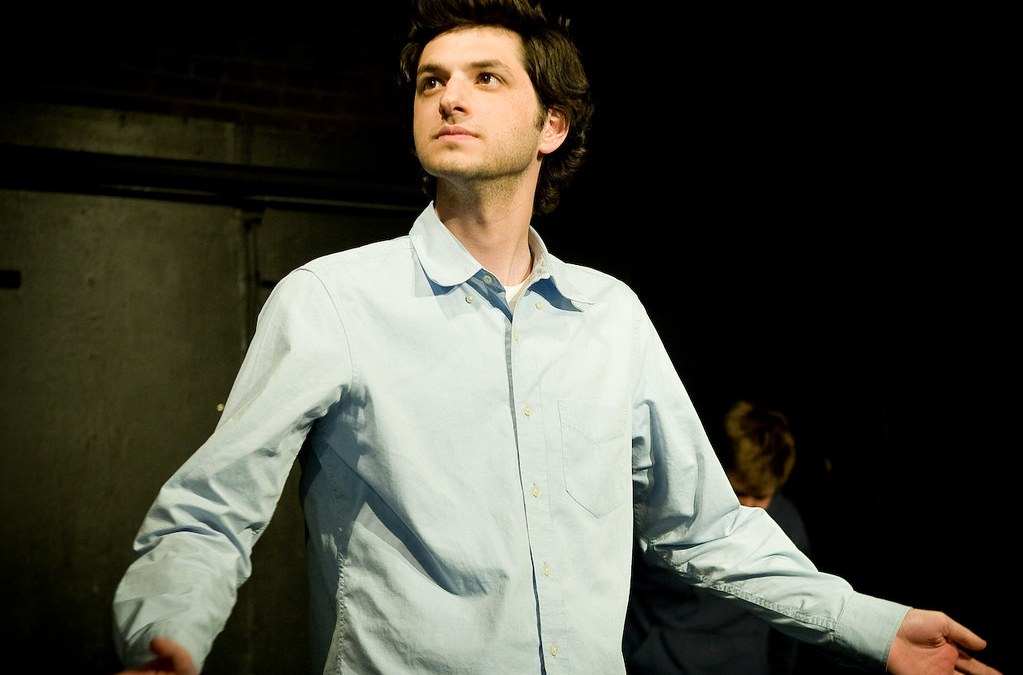 Review: Ben Schwartz brings laughs back to Los Angeles