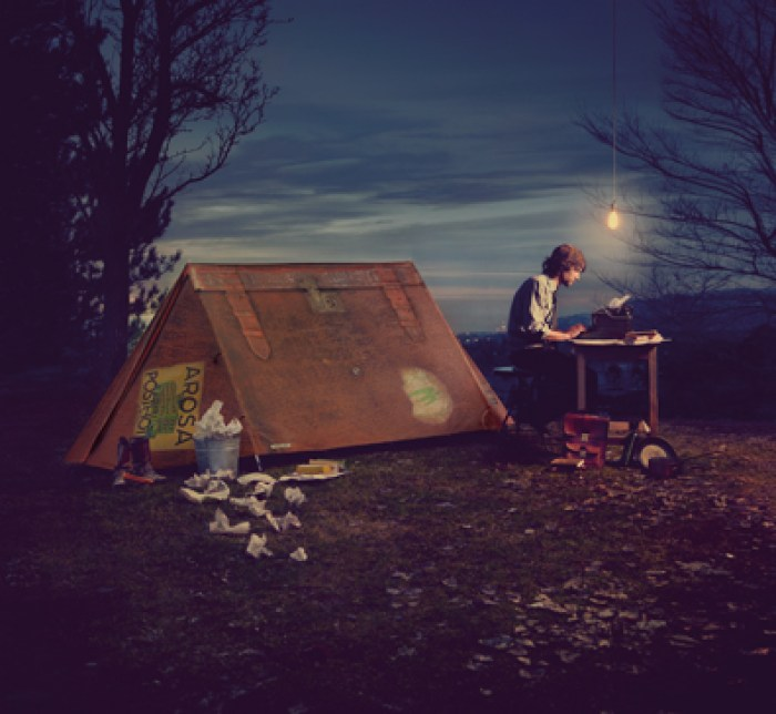 fieldcandy-our-story-suitcase-tent-typewriter