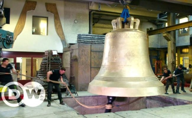 Casting The Heaviest Free Swinging Bell In The World