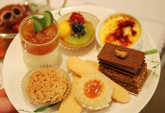 Afternoon Tea at the Mandarin Oriental Bangkok