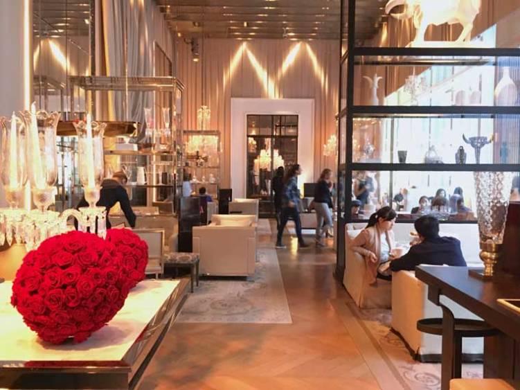 Sultan abd laziz afternoon tea at baccarat hotel new york for Salon baccarat