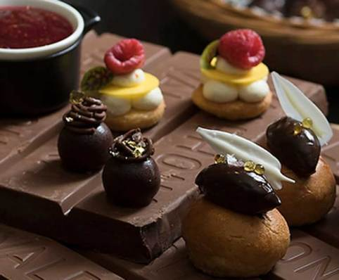 High Tea at the Sofitel Singapore (supplied image)