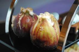 Gorgonzola dolce stuffed fresh figs with fresh peninsula honeycombGorgonzola dolce stuffed fresh figs with fresh peninsula honeycomb