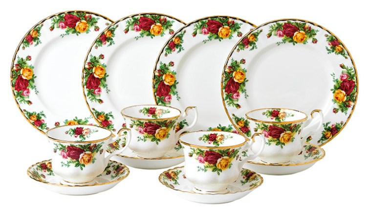 Old Country Roses 12 Piece Set Includes 4 x plates, 4 x teacups and 4 saucers, valued at AU$999
