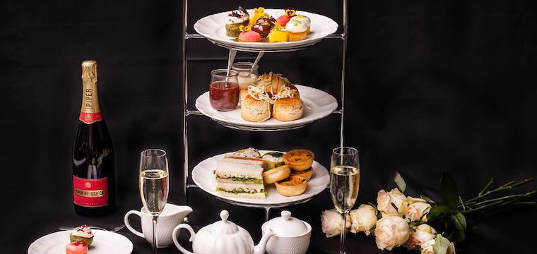 Hotel Realm High Tea
