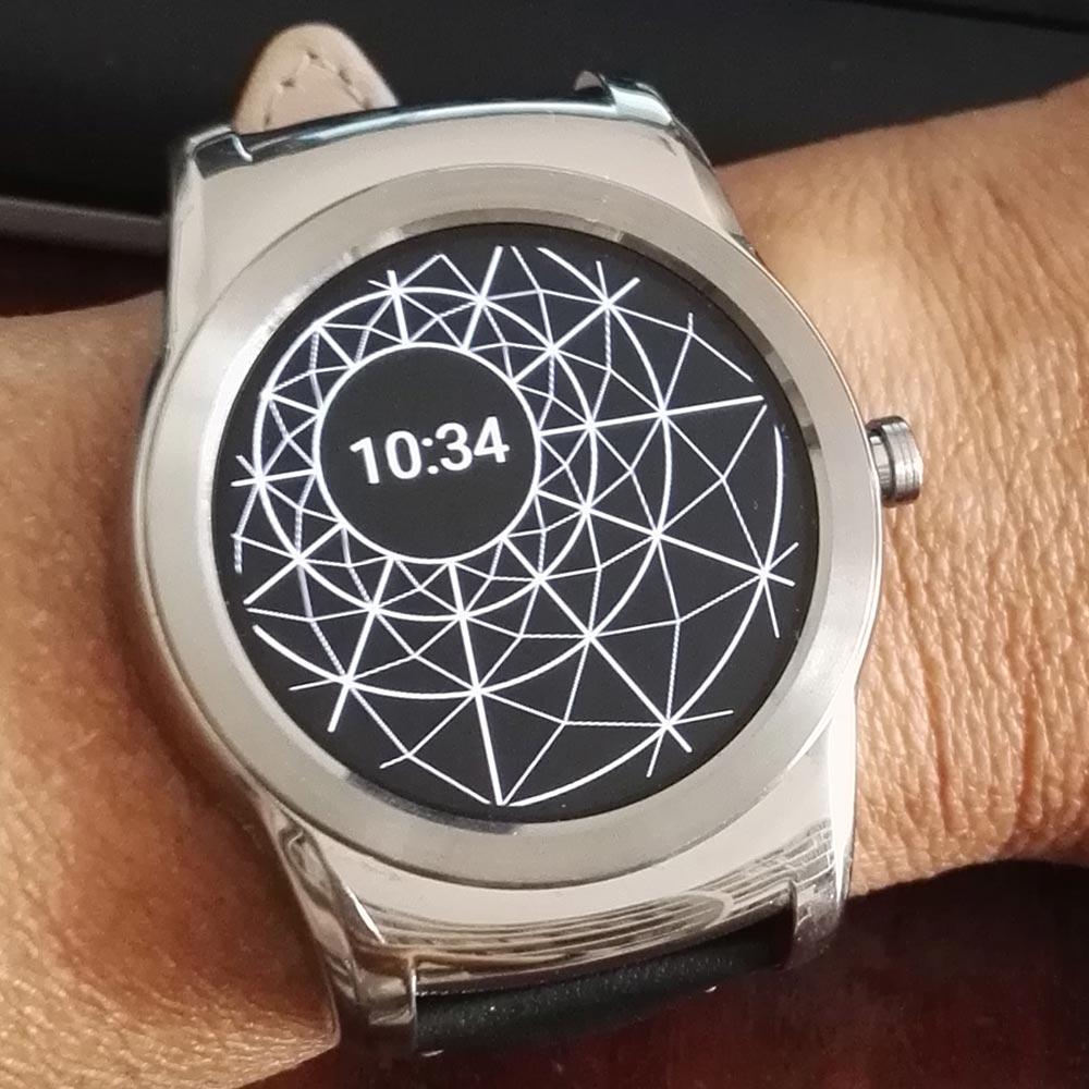 Mostrador BCBG (modo pausa) no smartwatch LG Watch Urbane
